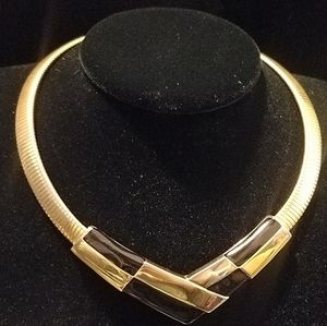 Napier stretch necklace